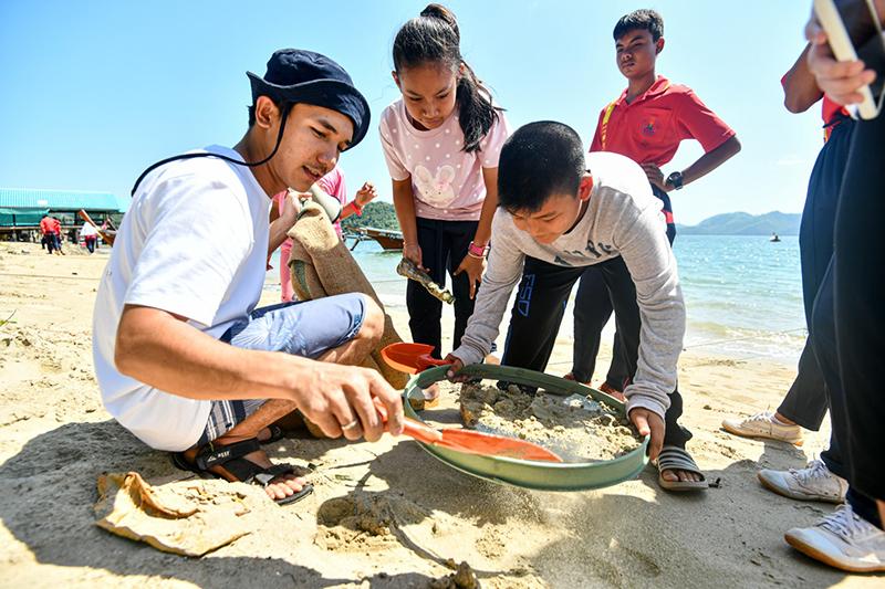 กิจกรรมเชิงวิชาการและกิจกรรมภาคสนามของโครงการ #กอดป่ากอดทะเล