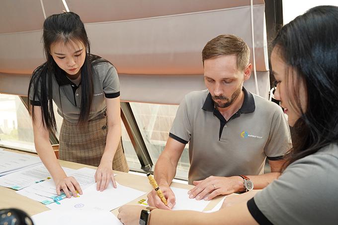 BECIS-Symbior และธนาคารยูโอบี (ไทย) ลงนามในเอกสารสินเชื่อ ณ สำนักงาน BECIS-Symbior ที่กรุงเทพฯ
