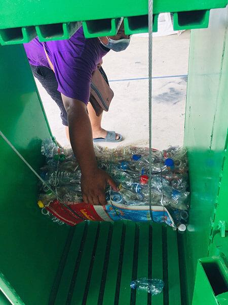 """โครงการ """"Rayong Less-Waste"""""""